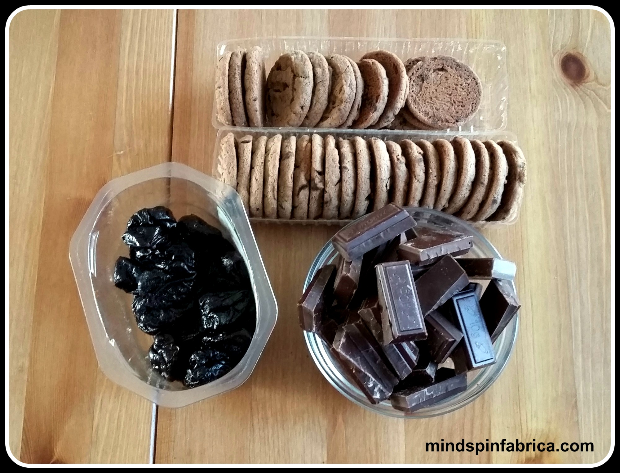 mindspinfabrica.com Τάρτα σοκολάτας με δαμάσκηνα