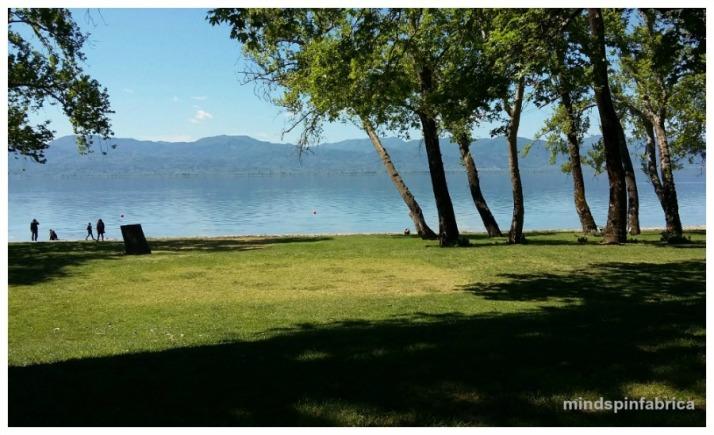 Άποψη της λίμνης Τριχωνίδας από το Κτήμα Πιθάρι.
