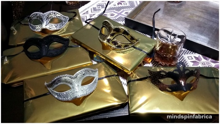 Συσκευασία δώρου με μάσκες_mindspinfabrica