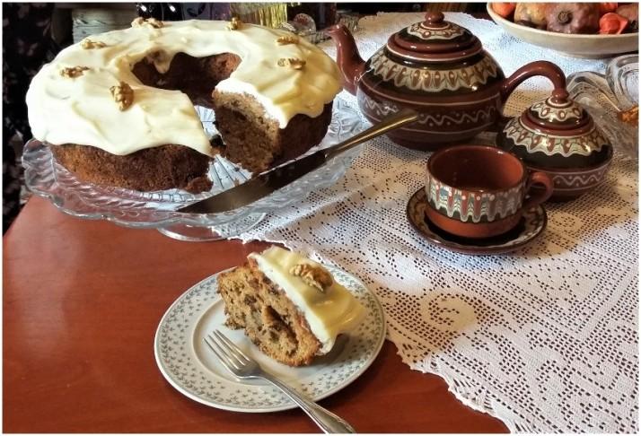 cake kolokythas me mpacharika kai krema tiriou