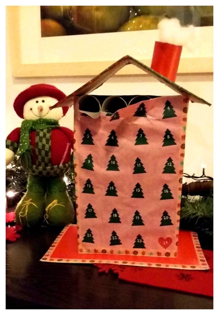 advent calendar σπιτάκι με ρολά από χαρτί υγείας