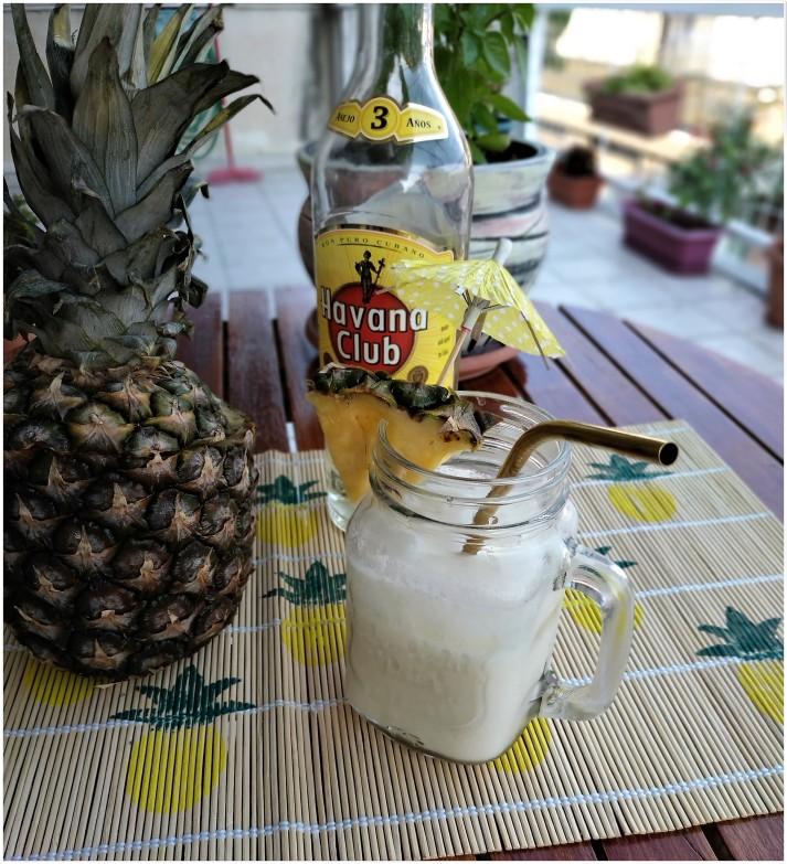 cocktail pina colada me leyko roymi